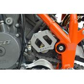Super Enduro front sprocket cover